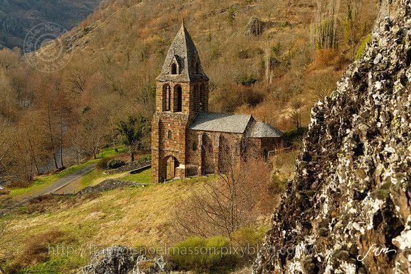 La chapelle de Sainte-Marie des Chazes _ intro